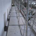 Gerüst - Verbreiterung zur Fassade