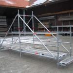 Baubrücke aus Gerüstbauteilen